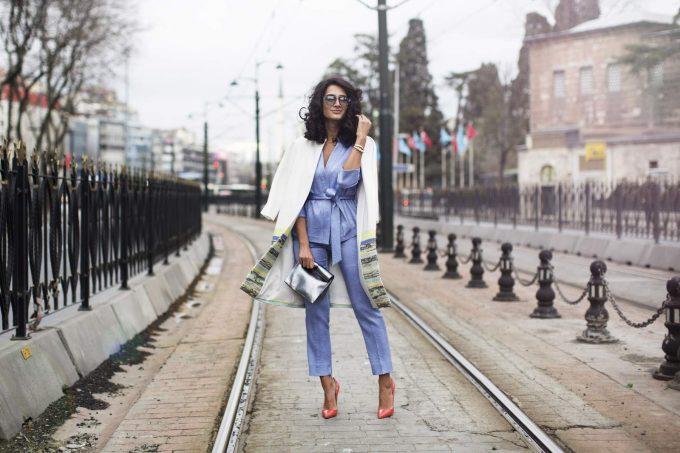 emircan-soksan-street-istanbul-tram-fashion-catch-fashion