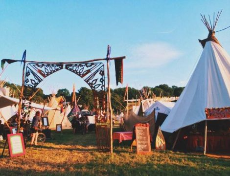 glastonbury-tipi-village