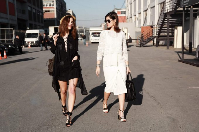 meric-nil-emircan-soksan-sokak-modasi-lifestyle-sehir-hayati