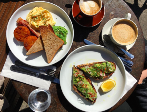 brooklyn-brunch-five-leaves-cizenbayan