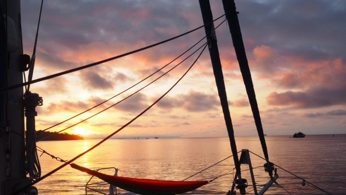 hammock-sunset-thailand-yacht-week