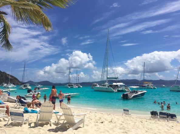 soggy-dollar-bar-british-virgin-islands-the-caribbean