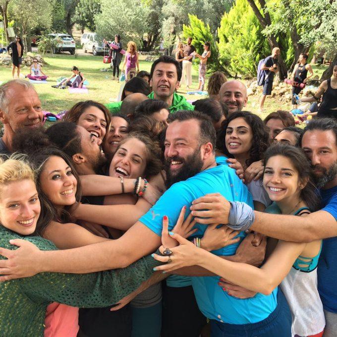 big-group-hug-after-yoga-class-kabak-valley-dream-yoga