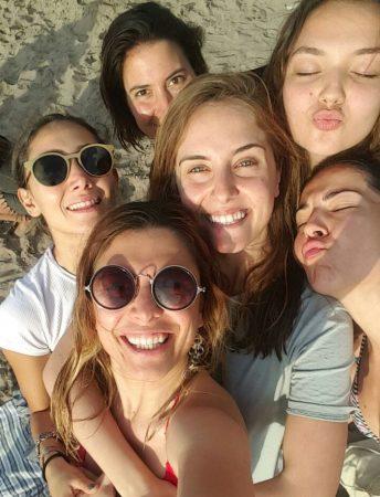 girls-group-photo