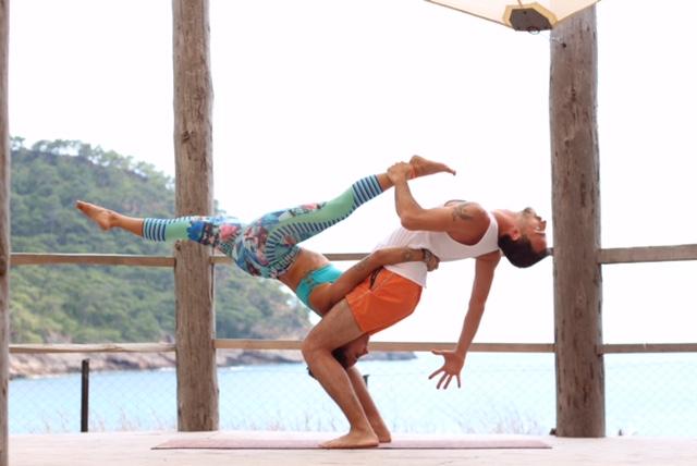 soner-turkolmez-cizenbayan-acro-yoga