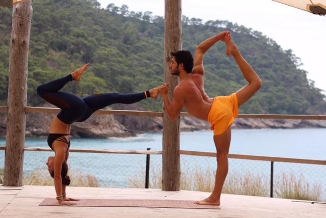 yourstruly-y.ors-truly-yoga-pants-acro-cetin-cetintas-elif-tanverdi