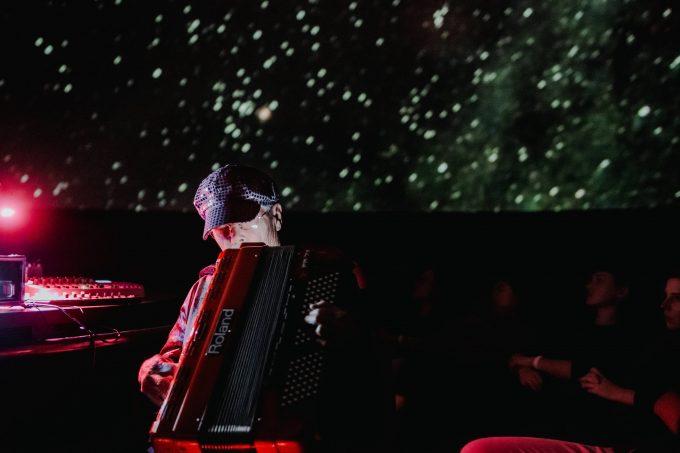 dans-les-cieux-pauline-oliveros-rbma-planetarium