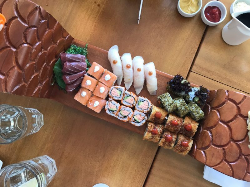 2017-nikki-beach-lunch-sushi